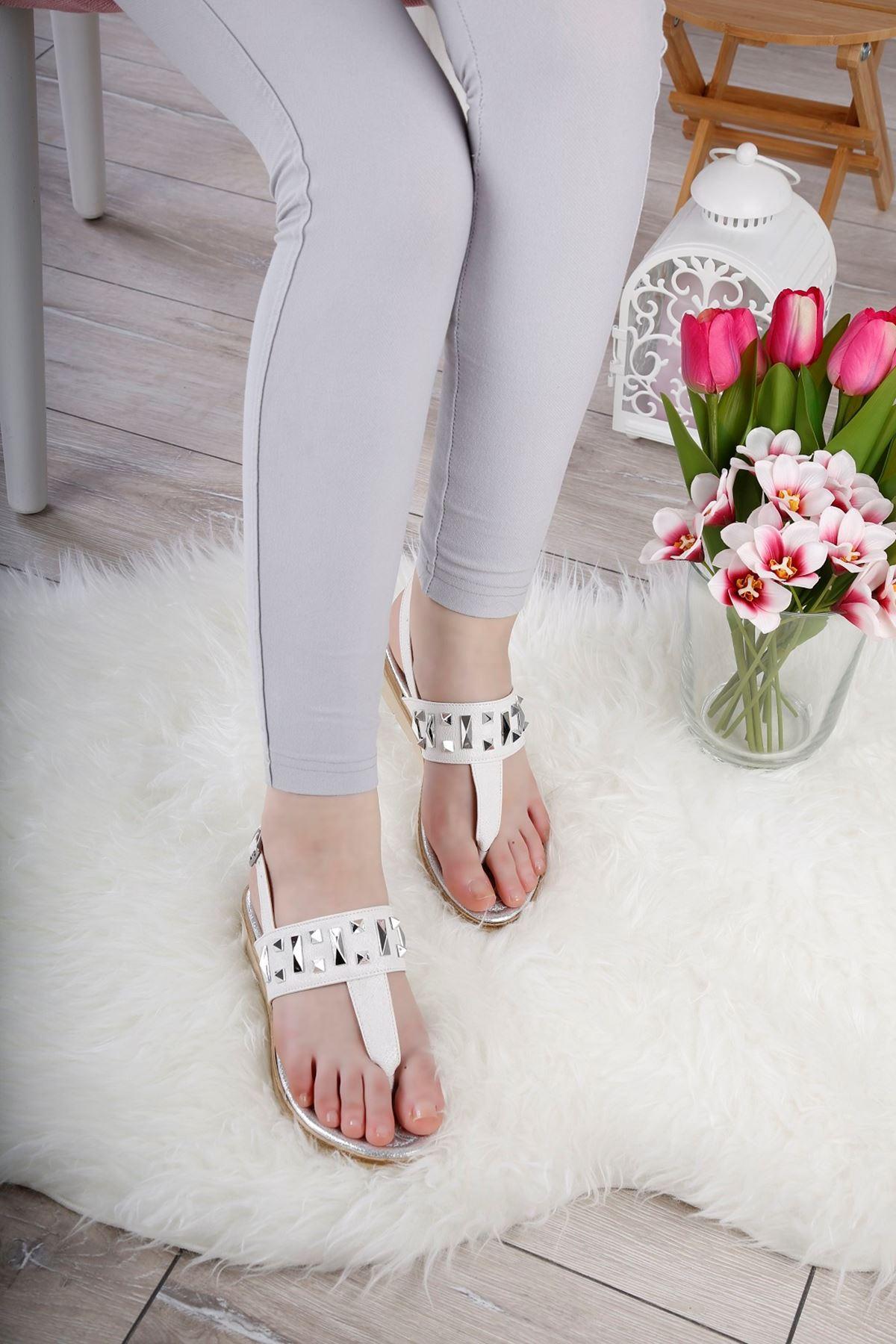ELİSYA Beyaz Sandalet