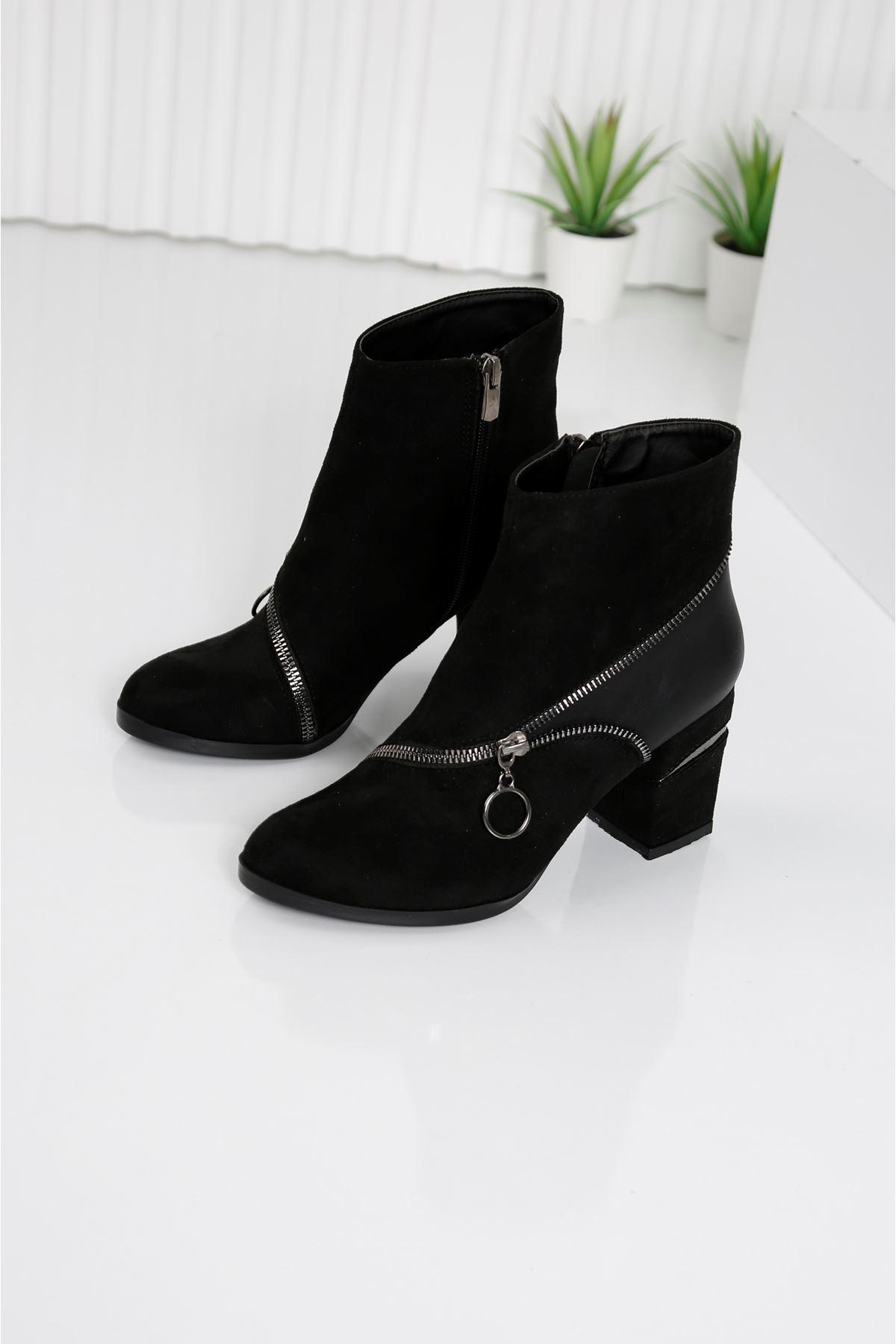 FINERY Siyah Topuklu Kadın Bot