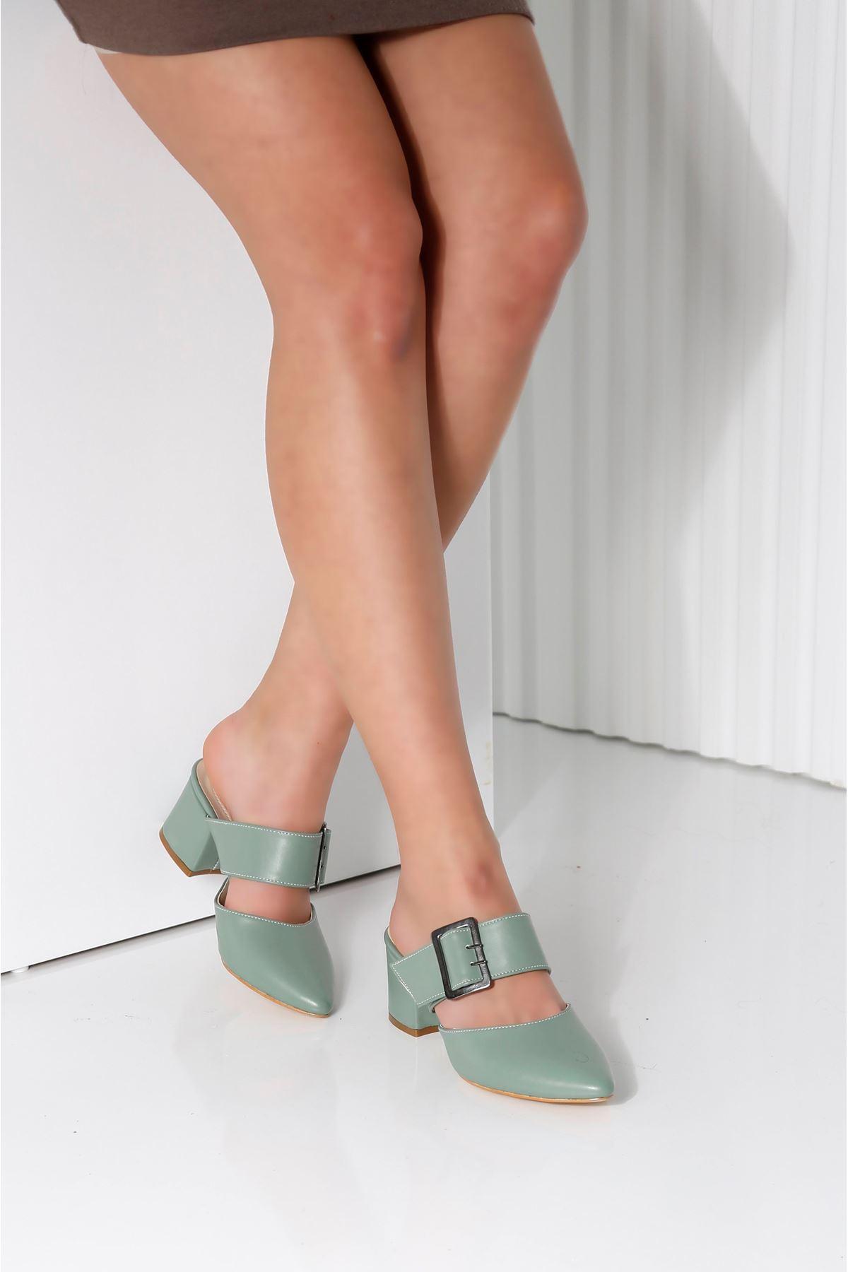Elegant Mint Yeşili Topuklu Terlik