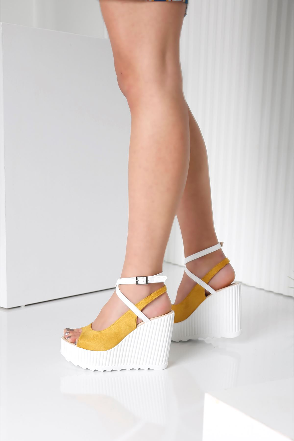 CLARIS Sarı Kadın Platform Ayakkabı